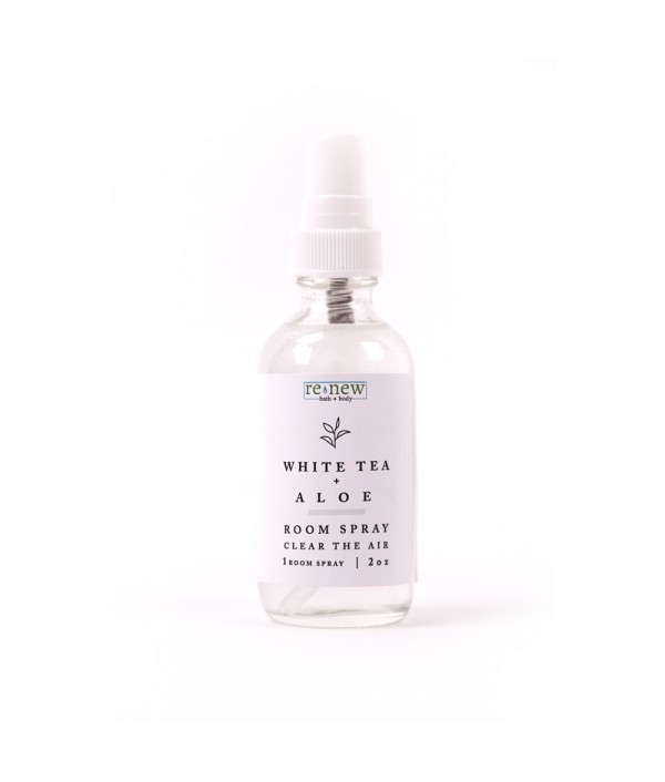 white tea + aloe room spray 2 ounce